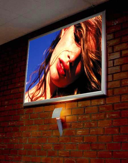 Фотография световой короб используется для оформления интерьера офиса в Ростове-на-Дону.