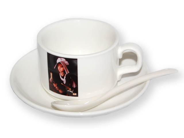фото на кофейной кружке.
