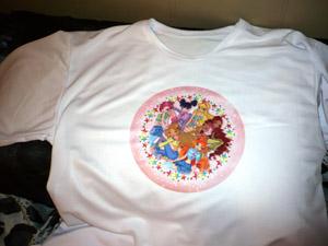 Изготовили печать фото на футболку сувенира по индивидуальному дизайну.